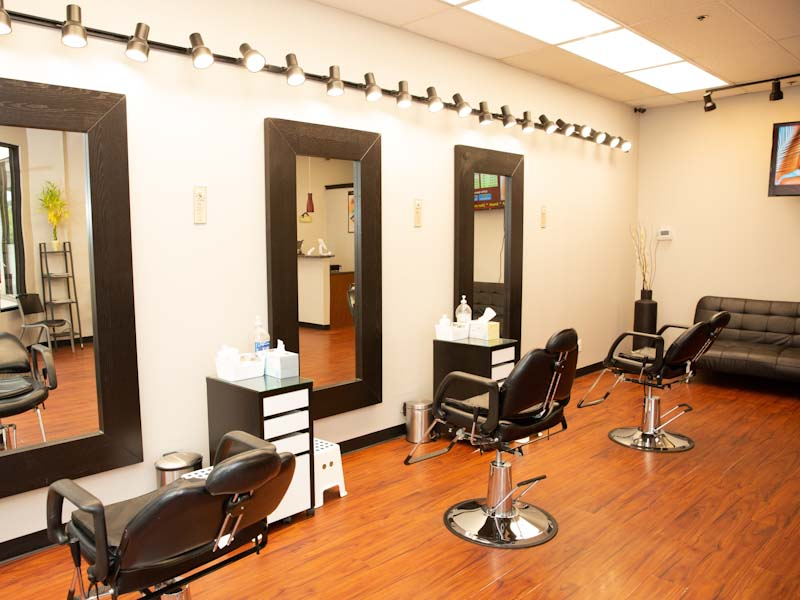 - Chandnis Spa and Brows